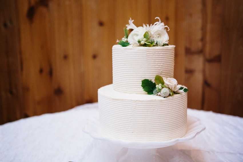Two Tier Wedding Cake Park City Wedding Planner Shellie Ferrer Events